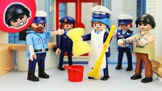 Toni wird Putzfrau! Playmobil Polizei Film - KARLCHEN KNACK #211
