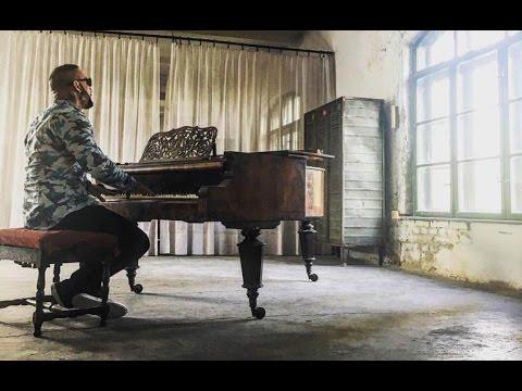 Mr.Busta - Semmi Nem Jó | OFFICIAL MUSIC VIDEO |