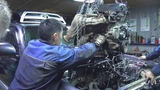 Toyota 2TR FE частина 1 зняття і розбирання ДВС