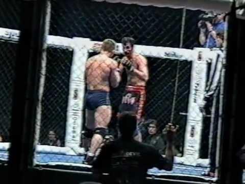 два боя: Сергей Бычков против Госкела Сахинбаса (1998) и против Сергея Завадского
