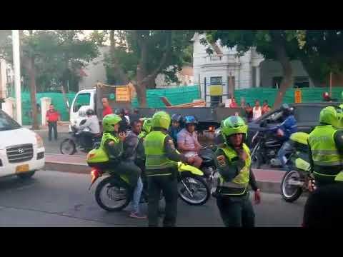 Persecución policial 'de película' en la avenida del Libertador deja un detenido
