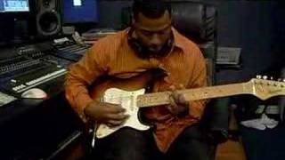Mark Dunn plays some old school hendrix!!!