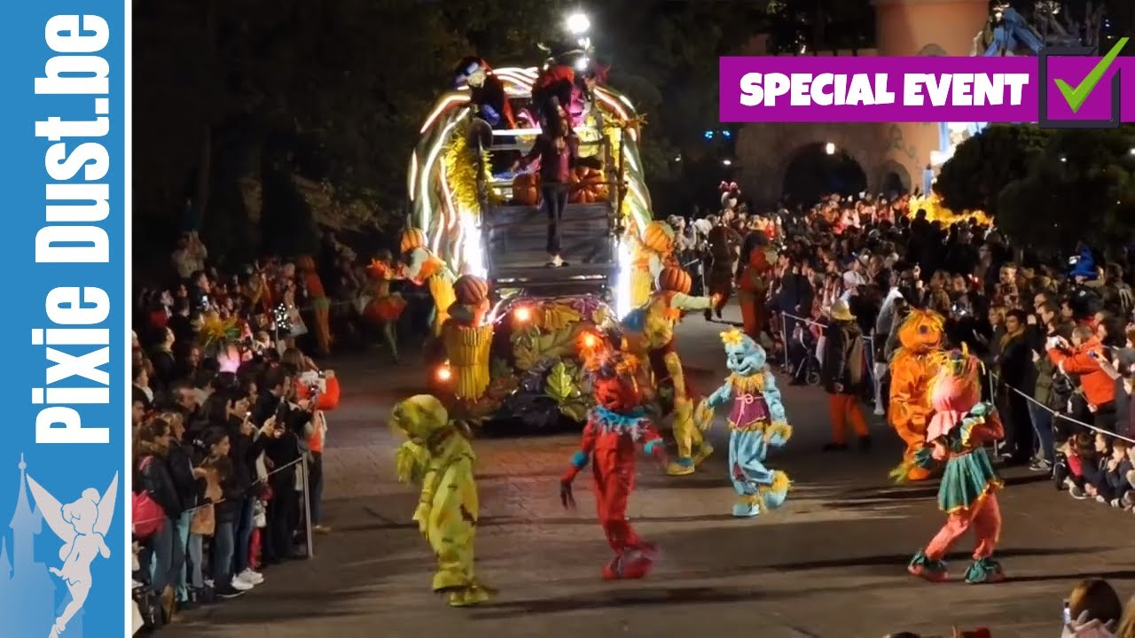 Halloween Disney Villains.Multi Cam Disney Villains Halloween Celebration At Disneyland Paris