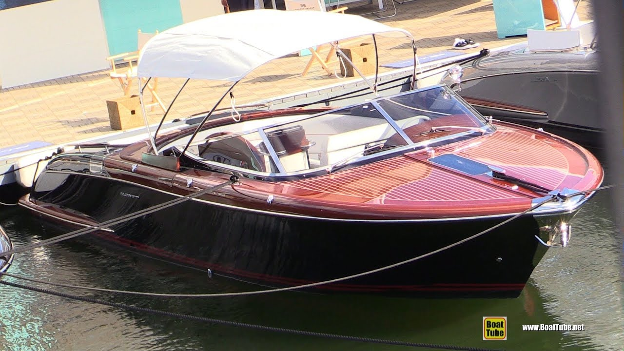 La Boat Show 2020.2020 Aquariva Super 33 Motor Boat Walkaround Tour 2019 Fort Lauderdale Boat Show