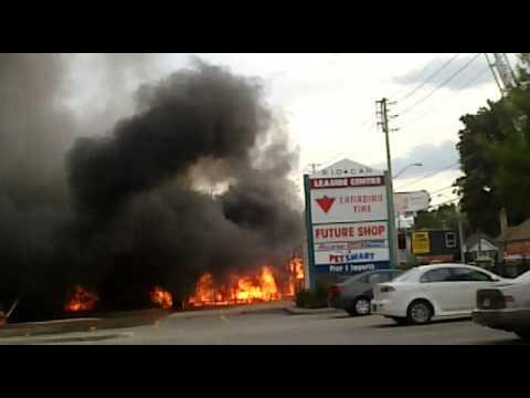 Canadian Tire Fire Eglinton & Laird
