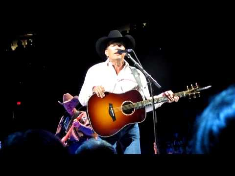 George Strait Cowboys Like Us(Live) Portland, OR 3-26-10