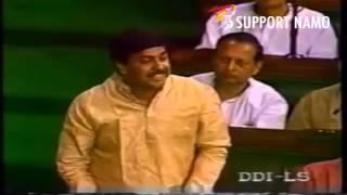 Pramod Mahajan explains Democracy - a lesson to learn by AAP