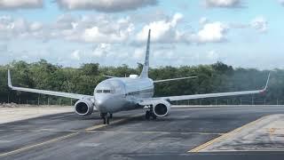 Volaris hermoso despegue de Cancún
