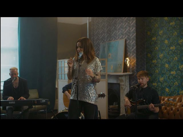 Amy Macdonald - Mr Rock & Roll (The Roost Acoustic Session)