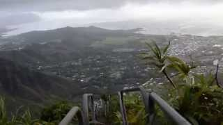 hAiKu StAiRs -------DaRe DeViL HiKe!