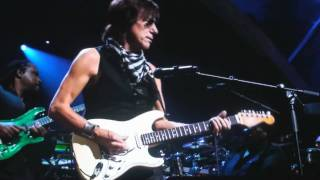 Jeff Beck & Stevie Wonder perform live at 25th anniversary rock n r...