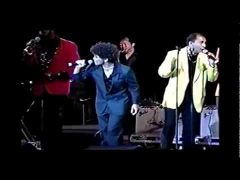 Bruno Mars - Why Do Fools Fall In Love (15 Years Old) @Hawaii