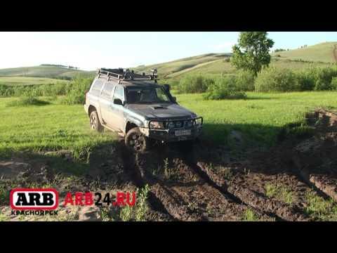 ARB 24 Испытание Toyota Land Cruiser 105 GX 4500 и Nissan patrol Y61 на вязком берегу реки