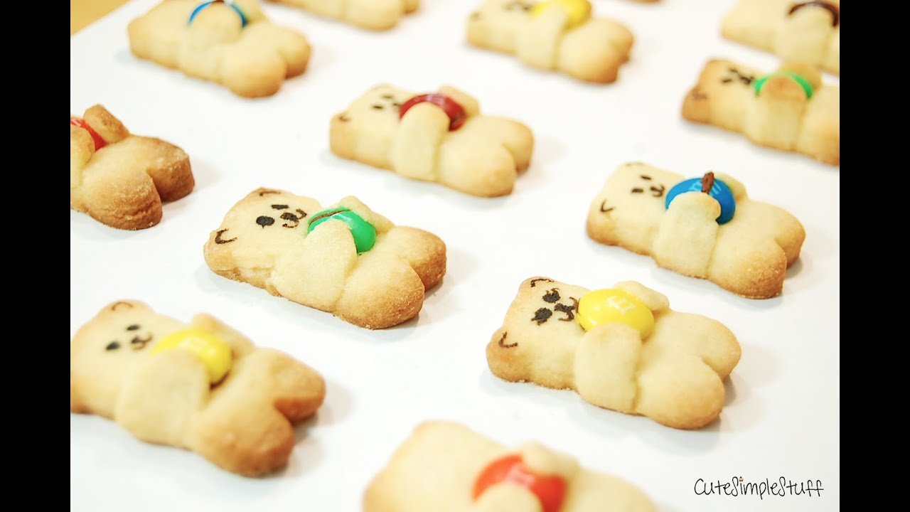 M&M hugging Bear Cookies - YouTube
