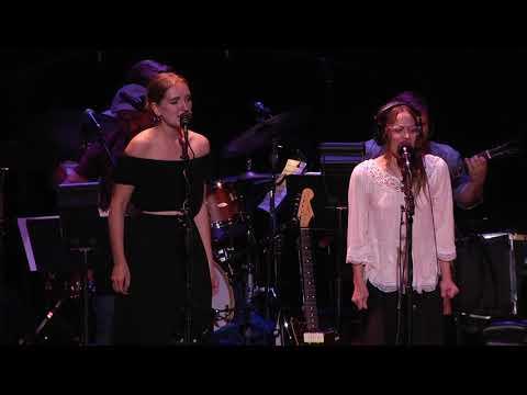 Ain't That A Shame - Fiona Apple - 10/28/2017