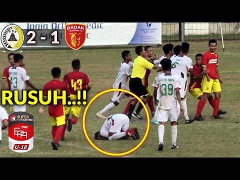 Sepak Bola Rusuh! PSS Sleman Vs Perseru Badak Lampung FC ...Badak Lampung Futbol24