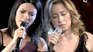 Laura Pausini & Lara Fabian - La Solitudine (Live) YouTube Videos