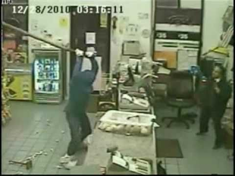 Bandit robs convenience store  with a big stick