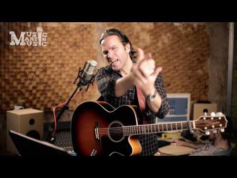 Cocaine Blues  - Johnny Cash  acoustic cover