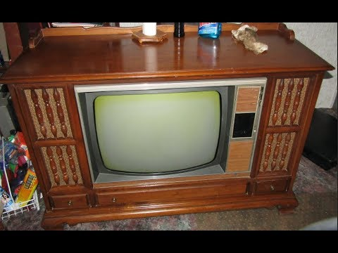 Vintage Zenith Console TV Model Z4547