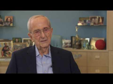 Larry Weinberg talks about Senator Daniel Inouye's understanding of Judaism.