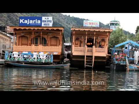 Floating hotels at the Dal Lake - Srinagar