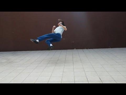 Training acrobatics and tricks (b-kick, b-twist, back handspring, aerial cartwheel and frontflip)