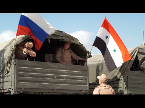 Российские военные в сирийской деревне • Truce between opposition and Asad forces in Syrian village