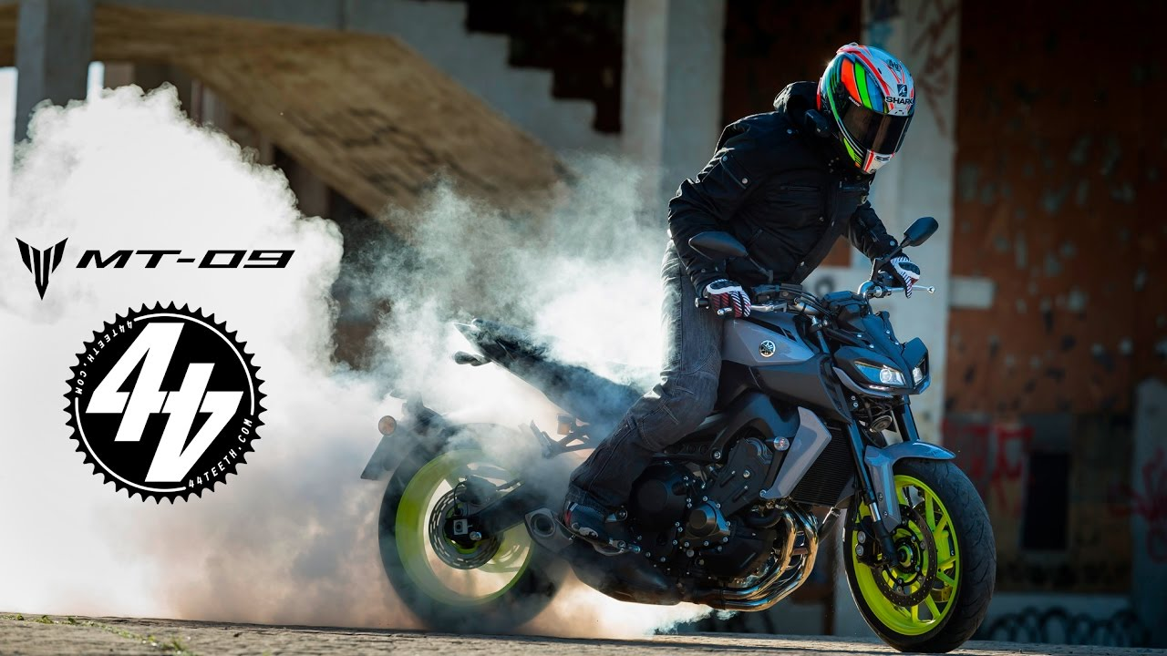 2017 yamaha mt-09 review