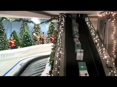 Thumbnail: Airline gives huge Christmas surprise to passengers