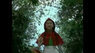 Японская реклама Красная шапочка и бестыдник енот