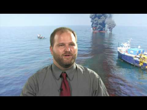 Oil and Water class instructor visits the Gulf for insights