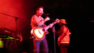 Andy Grammer performing Thrift Shop Cover- Chattanooga, TN