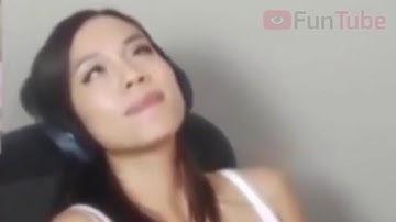 Gamer Girl forgets to turn off her Webcam
