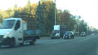 Продолжение первого урока вождения в городских условиях после подготовки на площадке