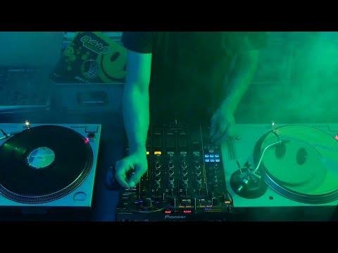 [HD] Oldschool 90er Techno Acid Trance Rave Classic 1991 - 2010 - DJ Mixset - Nico Silva Oliveira