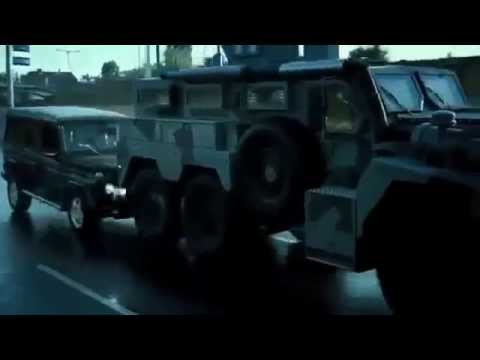 Download A Good Day To Die Hard Knock Knock - car chase scene