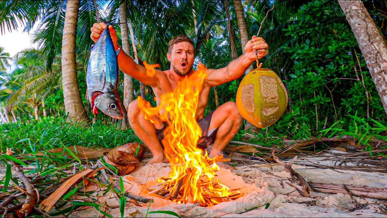 Tuna Cooked in a Coconut - Epic Fish Soup! Solo Survival Spear Catch and Cook