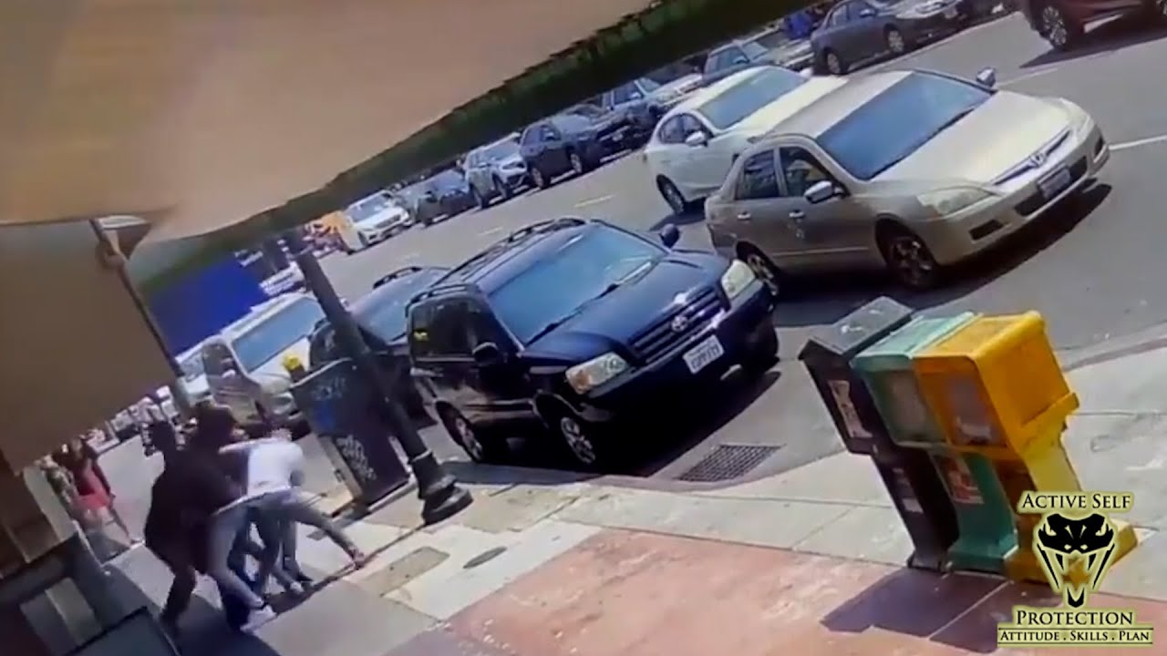 Hero Bystander Hurt Stepping In to Help Stop Mugging