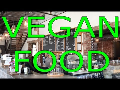 Vlog 103 : VEGAN BREAKFAST SANDWICH BOX!