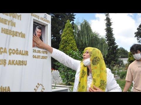 Barış Akarsu, 41'inci doğum gününde mezarı başında anıldı