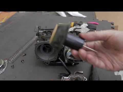 Yamaha VIrago XV5535 Bobber Project, Part 5.2 Carburettor Strip & Clean.