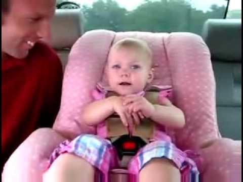 clip hot 2009 - cô bé 1 tuổi lắm lời.flv