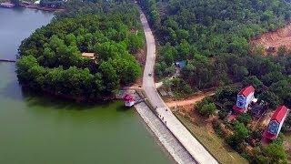 Tai nạn xe khách 24 chỗ ở Sóc Sơn: xe khách cắm đầu vào đuôi xe tải, tài xế chết tại chỗ 15-11-17