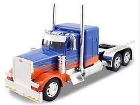 Peterbilt 379 Diecast Metal and Plastic 1/32 Scale Truck Model Toy For Kids