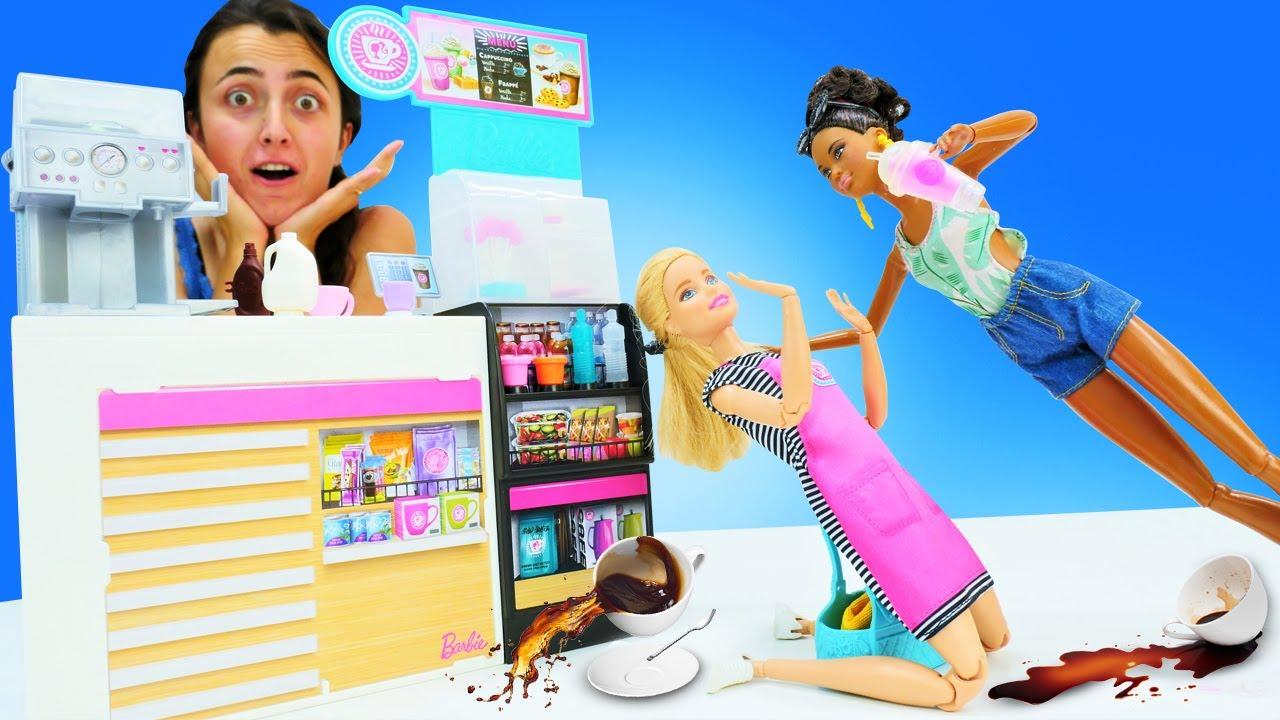 Barbie oyunları. Sevcan Barbie için barista işini buluyor. Barbie meslekleri kız videoları