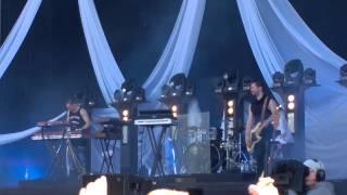 Jenni Vartiainen - Ihmisten edessä - Live at Provinssi June 27, 2015