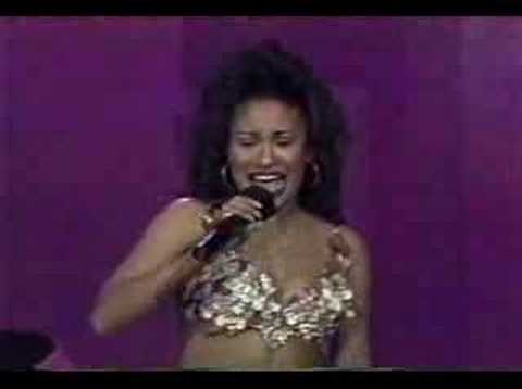 Selena Techno Cumbia