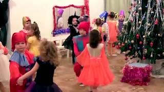 """Новогодний утренник в детском саду Парная пляска """"Новогодний хоровод"""""""