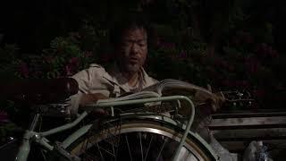 譜面台は要るよね。。 本を自転車の上に乗せて弾くのは無理がありました...